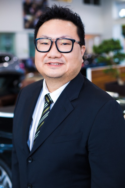 Kevin -Cheng, Controller