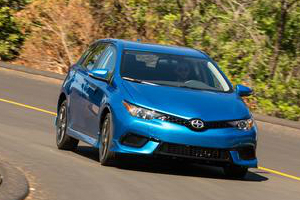 Scion iM Comparisons