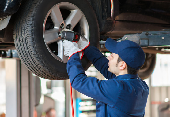 Quality vehicle service at Wood Wheaton GM